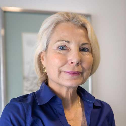 Dr. Roxanne Claude PH.D - Clinical Psychology Specialist - Rehab & Addiction Treatment Centre in Spain